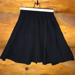 Bershka Full Black Short Skirt w/Elastic Waist